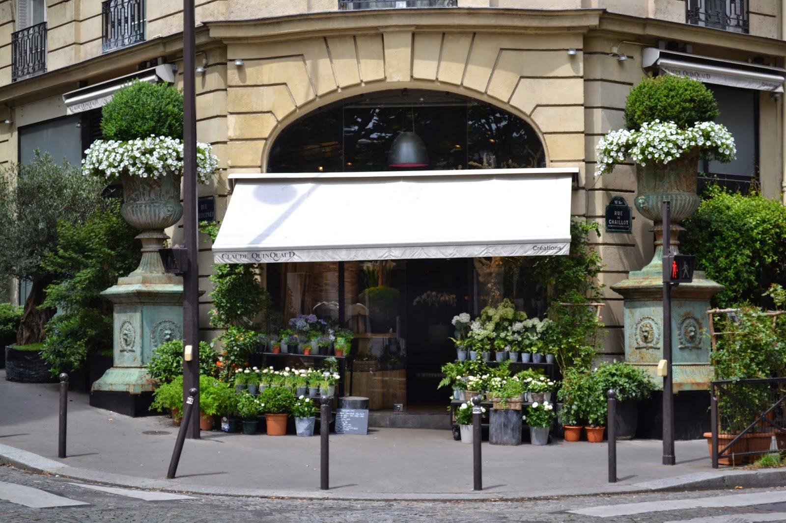 Paris Walks 011